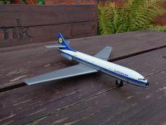 Flugzeug-Airbus-der-Lufthansa-50-60-Jahren