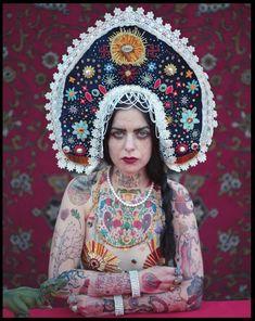 The magic world of colours: Russische Märchen im Blick von Uldus Bakhtiozina
