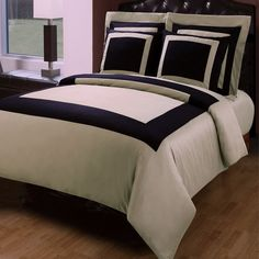 Modern Hotel Style Taupe Black 100 percent Egyptian Cotton Frame Duvet Comforter Cover and Shams Set. Bedding set includes duvet cover and 4 pillow shams. It features a large band accent for a chic 5 stars hotel look.