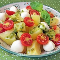 You searched for ensalad - Divina Cocina Fruit Juice Recipes, Salad Recipes, Fruit Drinks, Salade Healthy, Healthy Drinks, Healthy Eating, Breakfast Basket, Vegetarian Recipes, Healthy Recipes