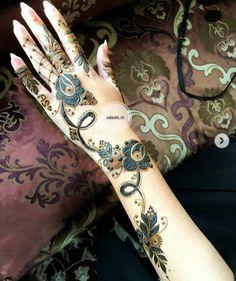 Indian Henna Designs, Hena Designs, Henna Designs Feet, Mehndi Designs For Beginners, Modern Mehndi Designs, Mehndi Designs For Fingers, Beautiful Henna Designs, Henna Tattoo Designs, Mehandi Designs