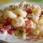 Dalla Sardegna una ricetta fredda: Riccioloni con feta e olive verdi