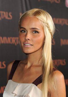 Isabel Lucas ..aussie tv star