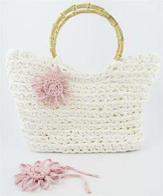 El blog de Dmc: Tutorial bolso de ganchillo XL con Hoooked    ribbon yarn - t-shirt yarn...