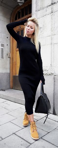 Outfits Mode für Frauen 2019 - Sweater dress with timberland boots Outfit Con Botas Timberland, Mode Timberland, Timberland Outfits Women, Timberland Boots How To Wear, Timberland Nellie, Winter Outfits, Casual Outfits, Fashion Outfits, Timbs Outfits