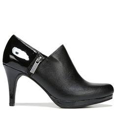 LifeStride Women's Xalana Medium/Wide Ankle Boot