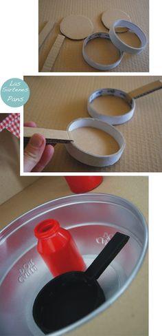 View source image Paper Crafting umfasst eine b - Kinderkuche Diy Pappe Cardboard Kitchen, Cardboard Toys, Diy Play Kitchen, Toy Kitchen, Projects For Kids, Diy For Kids, Crafts For Kids, Recycled Crafts, Diy And Crafts