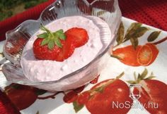Epres túródesszert Camembert Cheese, Strawberry, Pudding, Fruit, Food, France, Eten, Strawberry Fruit, Puddings