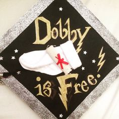 Even if you never got your Hogwarts letter (I'm still waiting), Muggle graduation is something to be pretty proud of. If your educational mischief has finally Graduation Caps, Grad Cap, Graduation Ideas, Free Dobby, Hogwarts Letter, Cap Ideas, Grad Pics, Tech Hacks, Class Of 2019