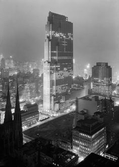1933 view of the GE Building - Historical Photographs