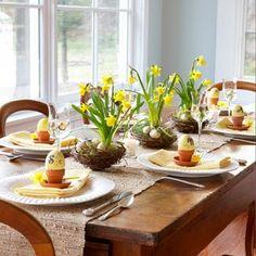 Gezellige manier om de tafel met Pasen te dekken