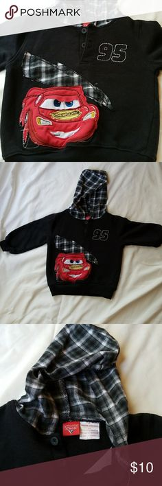 "3T Boy's Cars Lightning McQueen Hooded Sweatshirt Boy's 3T Cars Sweatshirt with Lightning McQueen. Edges od applique made to have an ""unfinished"" look. Good used condition. Disney/Pixar Shirts & Tops Sweatshirts & Hoodies"