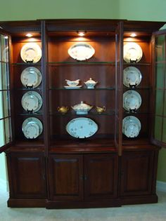 Luxury What to Put In A China Cabinet Besides China