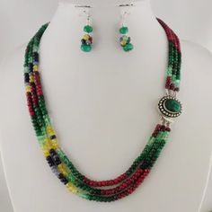 Exquisites Schmuckset Natur Rubin, Smaragd, Saphir, Citrin & Tansanit Facettierte Edelstein-Perlen ca. 4 x 3 mm Ohrhänger ca. 45 mm Collier – 3-reihig – Perlenreihen ca. 49 – 51,5 cm Collierverschluss mit Smaragd ca. 22 x 18 mm 296 Karat Handgefertigt in Indien #JOY #Einzelstücke #Schmuckset #Rubin #ruby #Saphir #sapphire #Smaragd #emerald #Tansanit #tansanite #Citrin #citrine #handgefertigt #Einzelstück #onlyone #handmade #handmadejewelry #onlineshopping #jewelryset #außergewöhnlich… Ruby Anniversary, Anniversary Gifts For Parents, Sapphire Jewelry, Emerald Jewelry, Jewelry Crafts, Handmade Jewelry, Lash Up, Indie Mode, Mode Blog