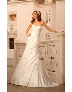 Sheath Ärmlös Volang Billiga Bröllopsklänningar