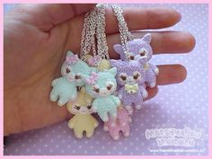 Kawaii necklace with baby pastel alpacas. Made with polymer clay. Size: 3,5x2 cm. Chain lenght: 40 cm.