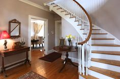 Lynchburg real estate photography virtual tours photo of Langhorne Road Entry Foyer with Curved staircase