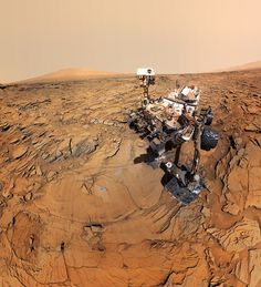 As of August NASA's Curiosity rover will have been cruising the landscape of Mars for five years. We celebrate this milestone with a look back through some of the most spectacular images the rover has captured while roaming the Red Planet. Mars Planet, Red Planet, Alien Planet, Nasa Curiosity Rover, Curiosity Mars, Mars Mission, Space Shuttles, Sonda Curiosity, Cosmos