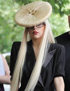 Lady Gaga Outfits, Lady Gaga Fashion, Images Lady Gaga, Lady Gaga Pictures, Kyary Pamyu Pamyu, Shakira, Katy Perry, Rihanna, Madonna