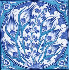 20cm-x-20cm-_Karo_K_065-mavi-biyaz-laleli-panolar-ciniler-blue-white-panels-tiles.jpg (1149×1155)