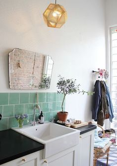 teal tiles (via tránsito inicial) I like the tiles