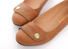 Love these sewing themed flats! The stitching and the zipper detail are so fun :) $16.99