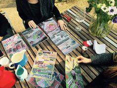 Van de week training energiek samenwerken buiten op het terras gegeven met dank aan #enneagram kaarten @tvenneagram