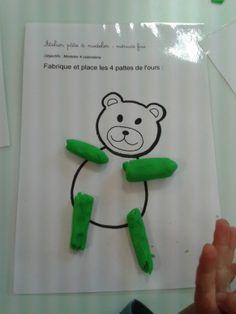 L'atelier pâte à modeler permet de travailler la motricité fine. les enfants modèlent des colombins pour réaliser les 4 pattes de l'ours Plasticine, Montessori, Petite Section, Snoopy, Album, Education, Beer, Fictional Characters, Gold