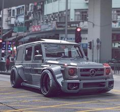 Mercedes G Wagon.Always wanted one of these but never seen one done up this crazy Mercedes G Wagon…Always wanted one of these but never seen one done up this crazy? Mercedes G Wagon…Always wanted one of these but never seen one done up this crazy? Mercedes Auto, Mercedes G Wagon, Audi Wagon, Suv Bmw, Bmw Cars, Lamborghini, Ferrari, Allroad Audi, G Class