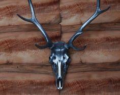 Limited Edition cast aluminium deer skulls and antlers – Stanley Glover  Crânes De Cerfs, Cerf 8107bdc27465