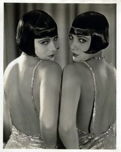 ziegfeld-follies: (via hedda-hopper) The Dolly Sisters. With Louise Brooks hair. Dolly Sisters, Twin Sisters, Vintage Glamour, Vintage Beauty, Vintage Fashion, Fashion 1920s, Vintage Hair, Vintage Style, Retro Vintage