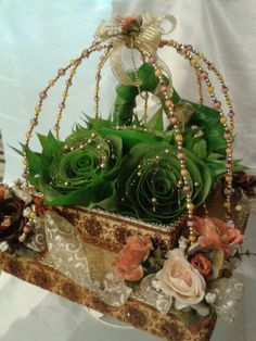 Try for betel nut leaf wed decor tray Desi Wedding Decor, Indian Wedding Decorations, Wedding Crafts, Flower Decorations, Wedding Ideas, Afghan Wedding, Wedding Doll, Flower Rangoli, Wedding Rituals