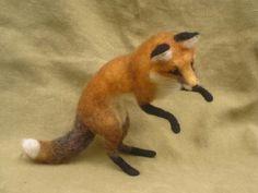 Needle felted fox poseable woodland animal made to door Ainigmati