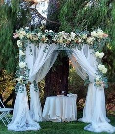 Outdoor Wedding Ceremonies Breathtaking white tulle draped wedding ceremony decor with greenery and white flowers; Via Amy Burke Designs - Green and White Floral Outdoor Wedding Ceremony Wedding Ceremony Decorations, Wedding Centerpieces, Wedding Table, Wedding Bouquets, Bridal Table, Wedding Backdrops, Tulle Decorations, Wedding Ideas, Wedding Ceremonies
