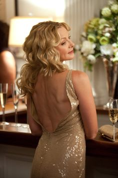 Pin for Later: The Style Bloggers You Should Be Following — Based on Your Favorite Sex and the City Character Samantha Jones