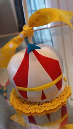 """""""big top"""" chocolate covered apples Chocolate Covered Apples, Big Top, Sugar Rush, Cookie Ideas, Cake Pops, Christmas Bulbs, Tutorials, Entertaining, Holiday Decor"""