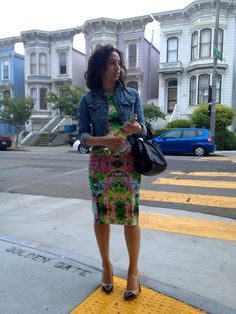 ALLERGIC TO VANILLA rocking her fave Zara mirror print dress on the SF streets!