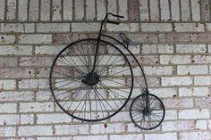 Reproducción en metal de bici tipo Gran BiI • Vintage Penny Farthing Decorative Wall Art Bike Bicycle | eBay Penny Farthing, Tricycle, Wrought Iron, Wall Art Decor, Bike, Antiques, Ebay, Clocks, Deck