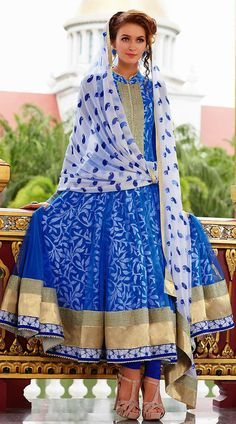 Blue lehenga : love the dupatta and the styling