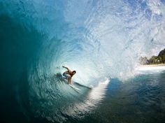 Nate Yeomans, Off The Wall. Photo: Noyle/SPL #surfer #surferphotos