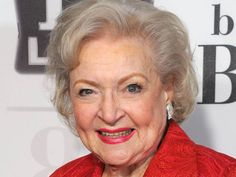 Betty White Is Not Dead And You Can't Buy A Hoverboard: Tips On How To Spot Internet Hoaxes - All Day