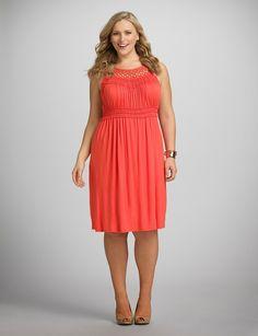 Hermosos vestidos de moda para mujeres gorditas | Prendas de vestir de tallas grandes
