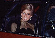 "March 6 1989 Diana attends a Gala Premiere of ""Dangerous Liaisons"" in aid of AIDS Crisis Trust at the Canon Cinema, Shaftesbury Avenue, London WC2."