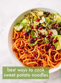 brussel sprouts and sweet potato noodle bowl with pomegranates and maple sesame vinaigrette Sweet Potato Noodles, Veggie Noodles, Zucchini Noodles, Clean Eating, Healthy Eating, Healthy Food Blogs, Healthy Recipes, Delicious Recipes, Healthy Meals