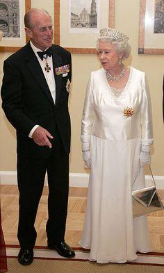 Queen Elizabeth Ii, Edinburgh, Duke, Pictures, Photos, Formal, Fashion, Preppy, Moda