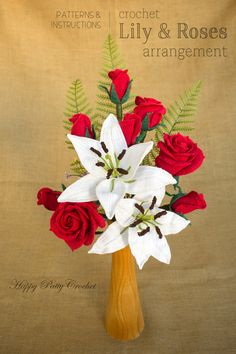 Crochet Flowers Bundle by Happy Patty Crochet // Large mesmerizing Crochet Lily and 3 beautiful Hybrid Tea Roses. This blossoms were designed to work together to create beautiful realistic arrangements & bouquets.