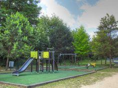 Parc des sports et des loisirs du Grand Godet à Villeneuve-le-Roi, Orly et Choisy-le-Roi - Toboggan et balançoire