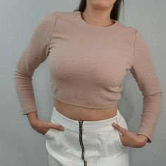 Alice + Olivia Size M 10 12 Dusky Pink Long Sleeve Crop Top Cropped & and 90s #AliceOlivia #Cropped #PartyCocktail