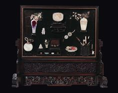 A wood panel with jade, mother-of-pearl, ivory and flambè porcelain inlays, China, Qing Dynasty, 19th century cm 64,5x98 - Cambi Casa d'Aste Srl - 17/12/2014