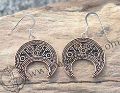 LUNITSA - EARRINGS, Great Moravian Empire, bronze